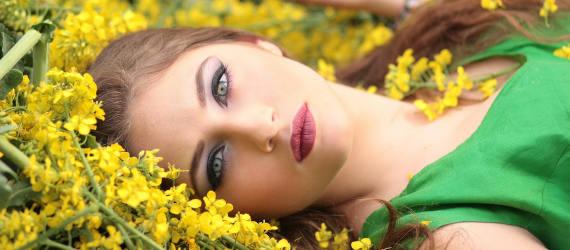 Maquillages avec des produits bio
