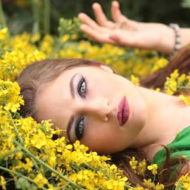 Maquillage jour - maquillage avec des produits naturels